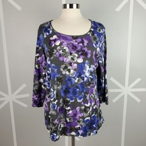 NWT Grey with Purple & Blue Flowers 3/4 sleeve Top
